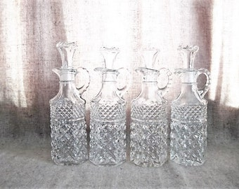 Vintage Pretty Pressed Glass Cruet/ Glass Cruet with Stopper / Bottle for Home, Wedding or Reception