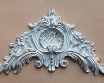 Large ornate pediment decorative furniture applique