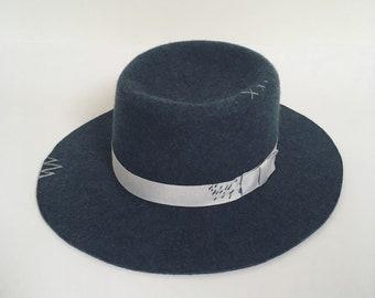 Blue grey pork pie wide brim hat, vintage fedora