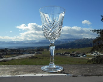 """Cristal d'Arques - Durand 'Masquerade' Goblet or Wine Glass, 3"""" Diameter x 6-3/8"""" Tall, Sold Individually"""