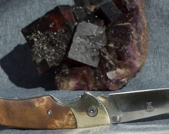 Handsome folding knife