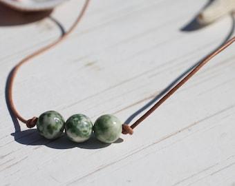 Green Dot Jade Stone Choker