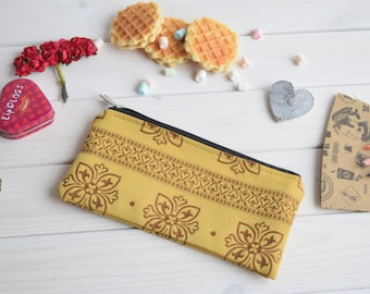 Pencil case, Pencil Pouch, Cosmetic pouch, Make Up Pouch, Charger bag, Project bag, Travel bag, Bridesmaid gift, Bridal purse, Handmade