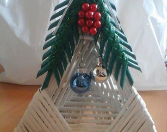 Christmas decoration basketry triangle