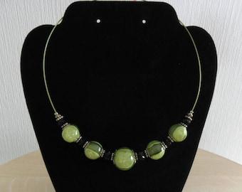 Necklace green glitter beads
