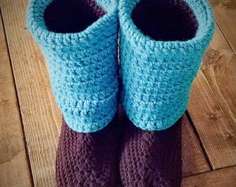 House boots slippers, house shoes, cozy house booties, Womens booties, Womens slippers, Ankle booties, crocheted home booties