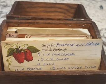 Wonderful Vintage Recipe Box With Recipes