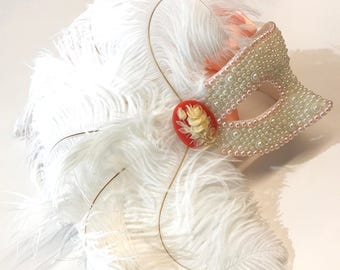 Cameo Dreams Pearled Wedding Masquerade Mask