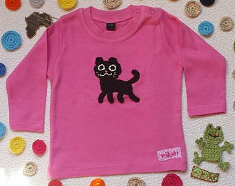 Baby tee-shirt personalised with embroidered cat in pink cotton - long sleeves - sizes 6 months, 12 months, 18 months