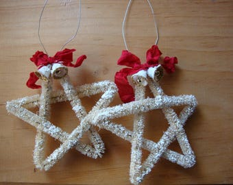 White bottle brush stars ornaments Vintage style Christmas red and white farmhouse christmas home decorations flocked christmas ornaments