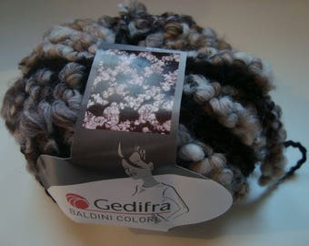 50g of yarn color Gedifra Baldini Pincushion - needle - Beige/Brown - 9, acrylic and wool