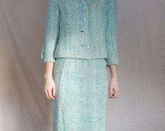 Saks Fifth Avenue Paris Womens Suit