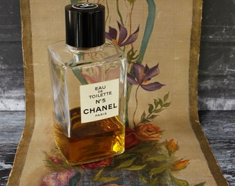 LARGE Bottle CHANEL No5 ...With Original Box 500ml size....125ml product in bottle...Collectible Item.
