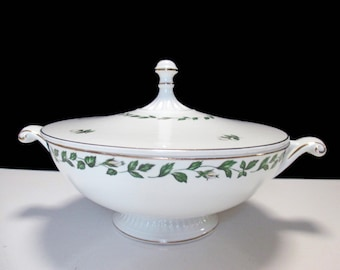 Hall China - Cameo Rose Pattern - Mary Dunbar Superior Jewel Homemakers Institute - Round Covered Vegetable Casserole and Lid Set