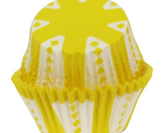 CARNIVAL Yellow Cupcake Papers