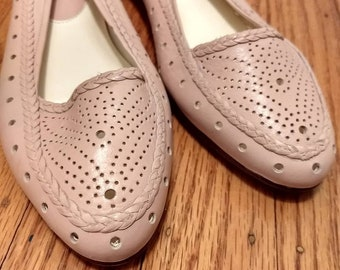 Vintage BASS flats size 6.5M - Fits narrow or closer to 6