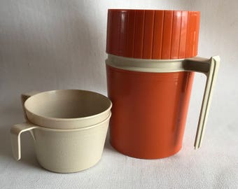 Vintage burnt orange fall thermos // Thermos brand thermos // thermos with two mugs // vintage thermos