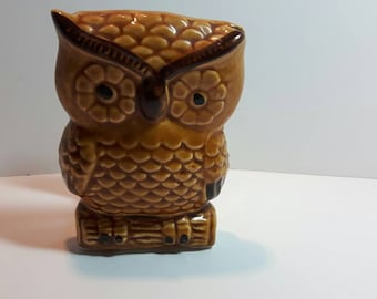 Owl napkin holder, ceramic, golden brown, retro, kitchen kitsch
