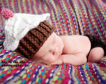 Cupcake Hat pdf PATTERN (digital download), newborn to adult sizes, beanie to crochet, photo prop for baby, digital download