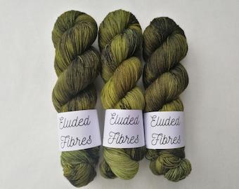 merino wool nylon hand dyed sock yarn 100g / 425m / Eluded Fibres / STEM