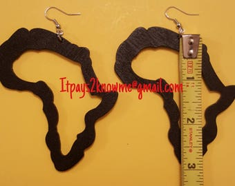 "3"" Africa outlined shaped wooden earrings"