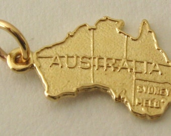 Genuine SOLID 9ct YELLOW GOLD Large Australia Map charm pendant