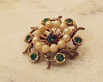 Antique Seed Pearl With Emerald Glass Brooch Sweater Pin