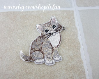 Embroidered Cat Patch Iron/Sew On