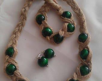Green wooden beads with natural hemp cord - Drewniane korale
