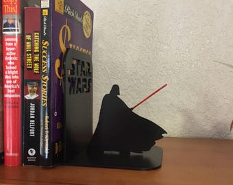 2 Darth Vader Book ends