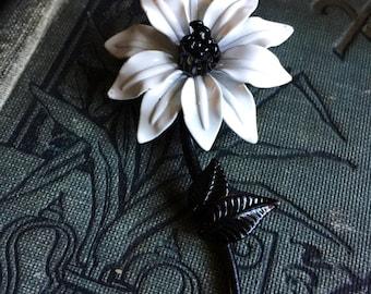 Flower Power Vintage Metal Flower Black and White Brooch