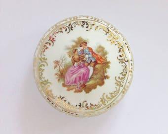 Porcelain box Fragonard, Limoges, France