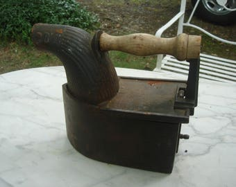 antique heavy iron / charcoal iron /huge clothes iron