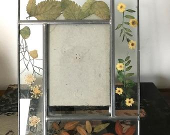 Vintage Pressed Flower Picture Frame