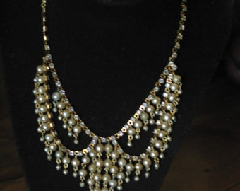 Gorgeous Vintage Rhinestone And Faux Pearl Necklace 16""