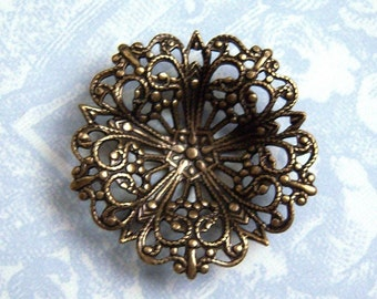 Antiqued brass filigree button setting, brass stamping (1)  - AL183