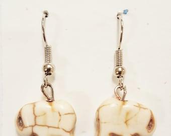 Roving Elephant Earrings (ivory)