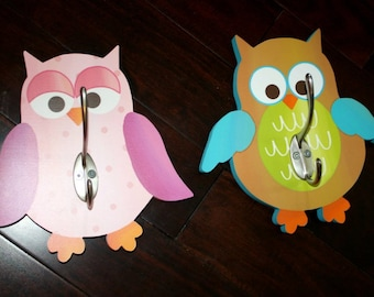 Set of 2 Fun Owls Girl and Boy Clothes Peg Rack Clothing Racks for Kids Bedroom Baby Nursery 2WH005