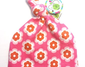 Knotted Hat 0-3 month twirl flowers