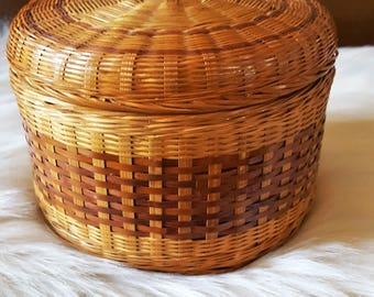 Round Wicker Basket with Lid, Storage Basket