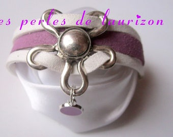 Bracelet white and purple suede flower
