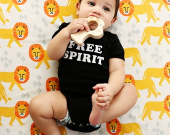 Crib Sheet Safari Lion with Champagne Background. Lion Crib Sheet. Crib Sheet. Fitted Crib Sheet. Baby Bedding. Lion Baby Bedding