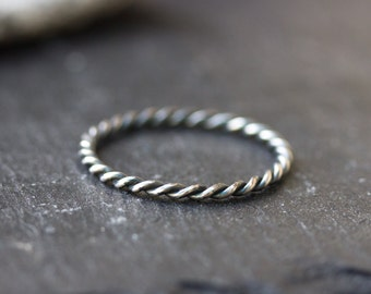 Black Twist stackable ring - sterling silver