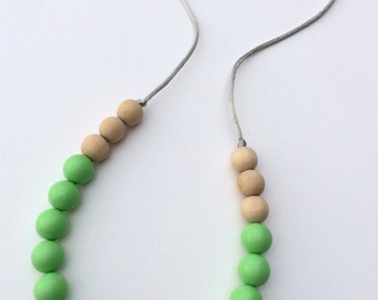 Silicone & Natural Wood Teething Necklace - Mint