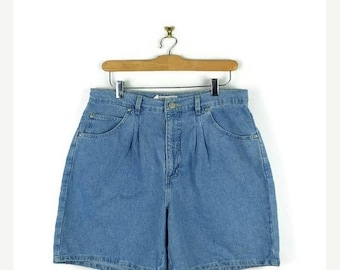 ON SALE Light Blue Denim  Shorts from 90's/W30