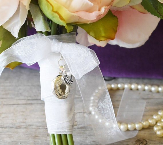 Brides Bouquet Locket in Memory of Dad small