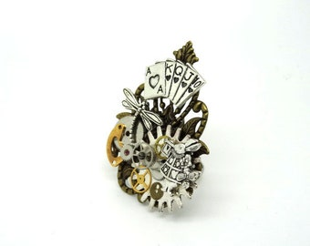 steampunk Alice in the Wonderland ring