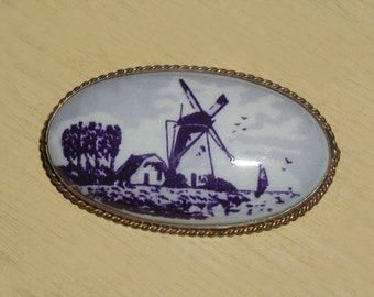 Old Vintage Delft Hand Painted Porcelain Holland Windmill German (800) Silver Brooch