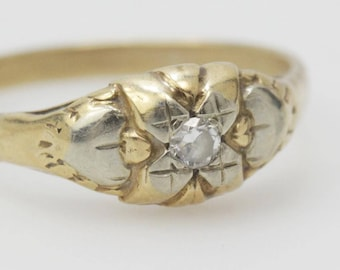 10kt Gold Illusion Set 0.10 ct Diamond Ring