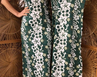 """Set of Two Hawaiian """"Wiggle"""" Dresses , L and XL"""